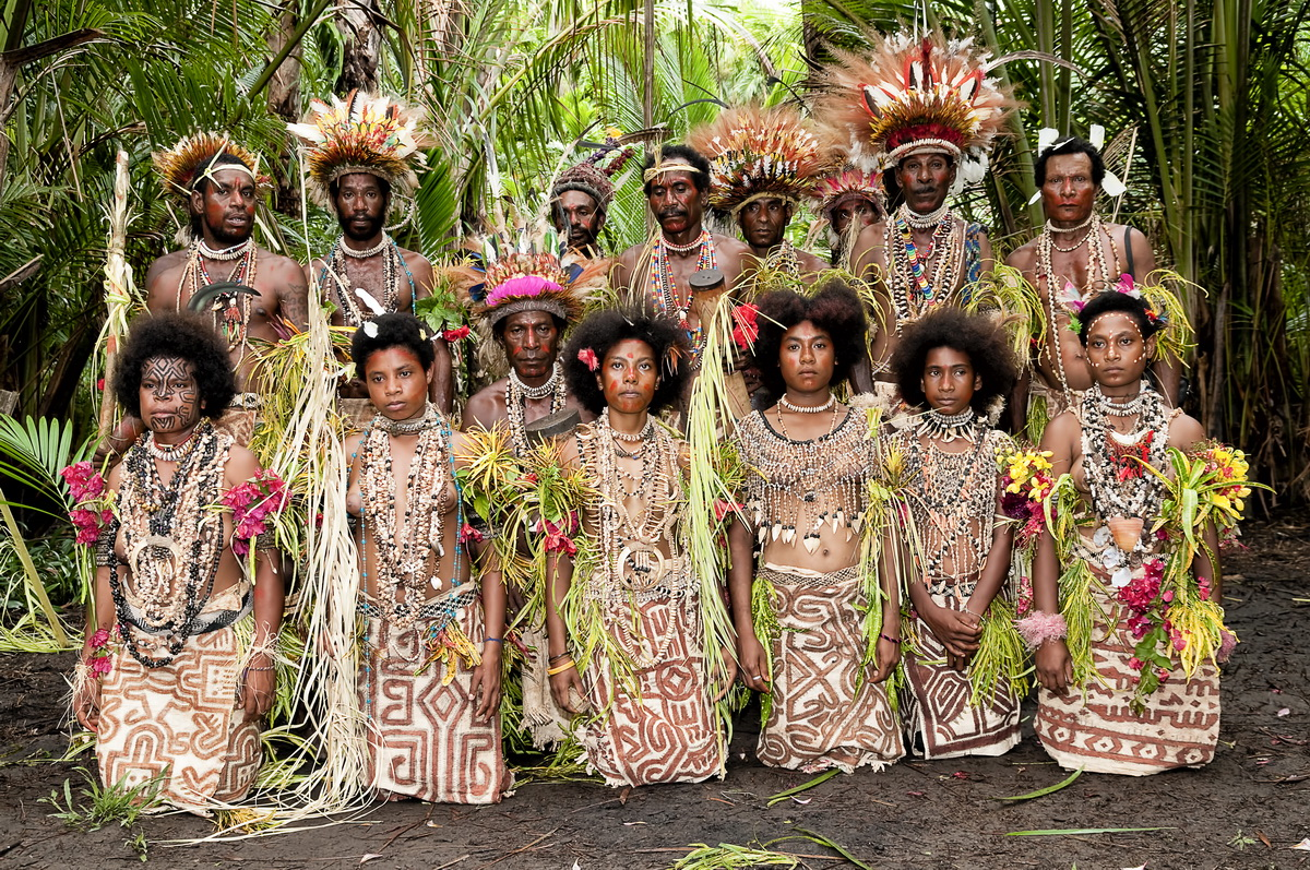 "Facial tattoos of Oro Province - A ""team photo"" at a Cultural Demonstration at Koje, near Tufi"