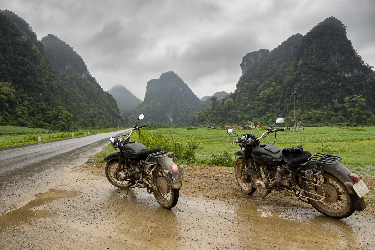 Riding the HCM Trail by Ural – Vinh to Phong Nha