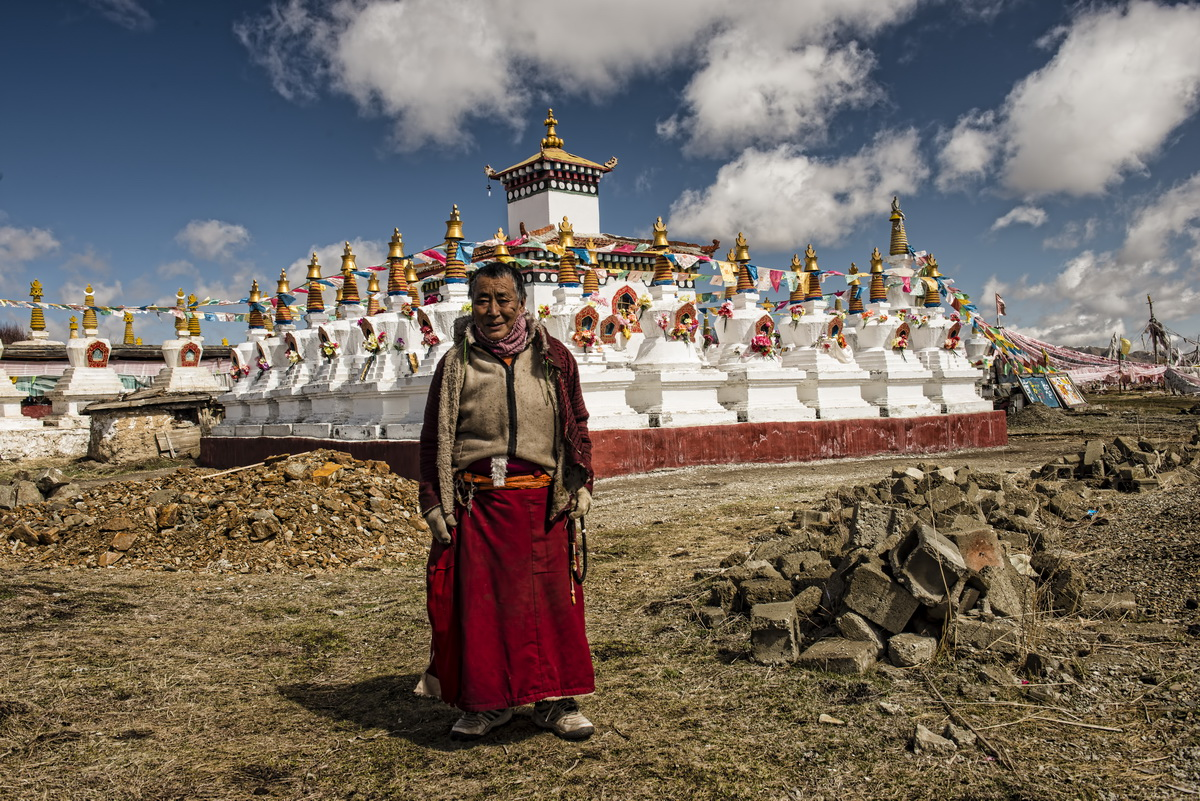 Travelling on the Tibetan Plateau – The Waqie Pagodas
